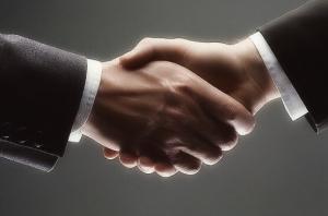 Le Service fédéral des douanes et le Syndicat des fabricants de produits alcooliques ont convenu de l'interaction
