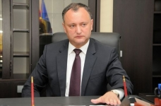 Dodon hopes to discuss the abolition of customs duties with Putin