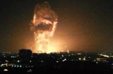 天津の港に強い爆発がありました