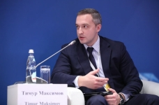 Заместитель руководителя ФТС России Тимур Максимов провел ряд рабочих совещаний на Дальнем Востоке