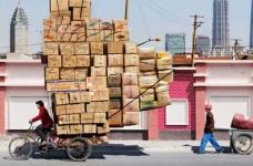 Menggagalkan saluran penyelundupan narkoba dari Cina